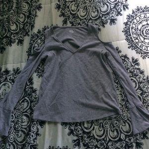 shoulderless long sleeve